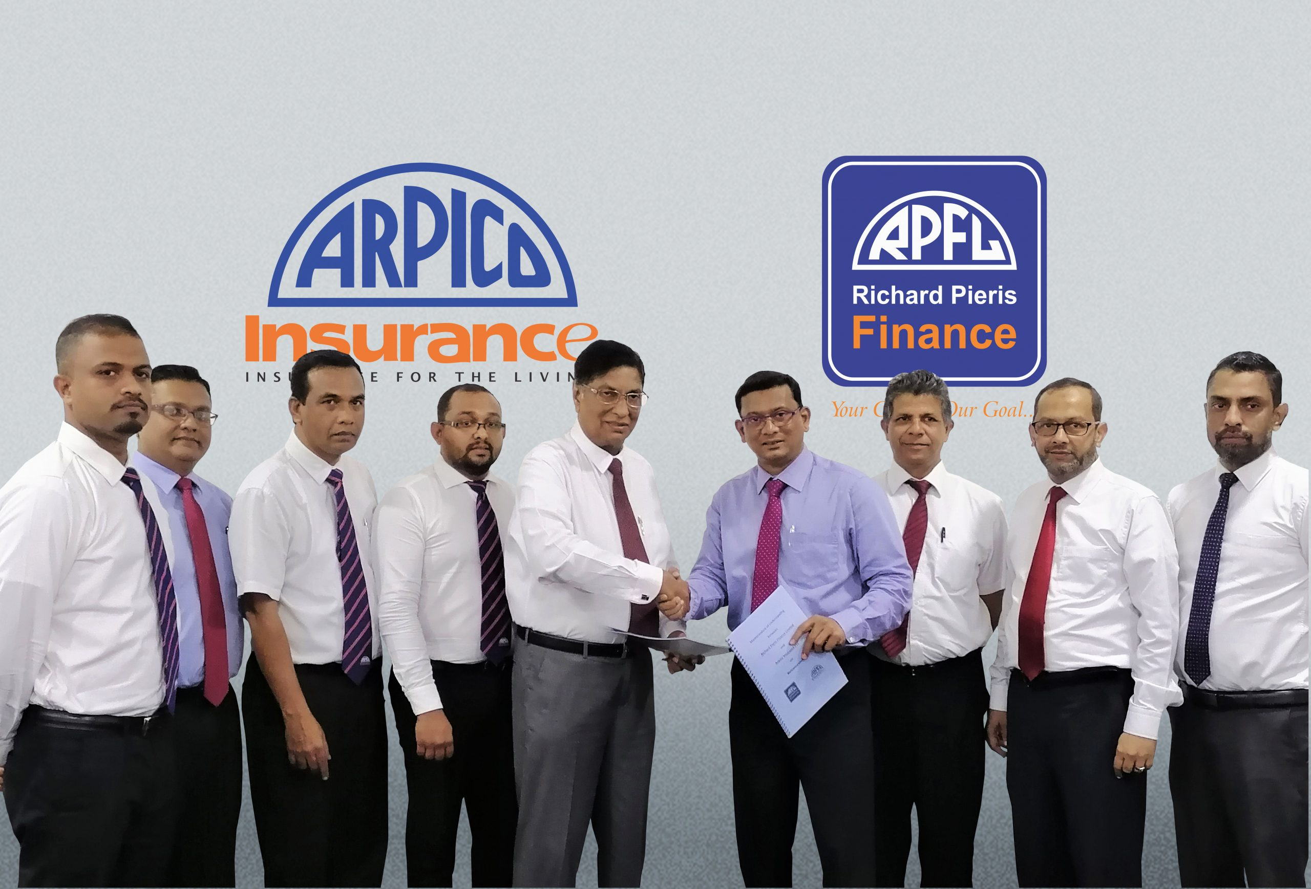 Richard Pieris Finance and ARPICO Insurance signs MOU.
